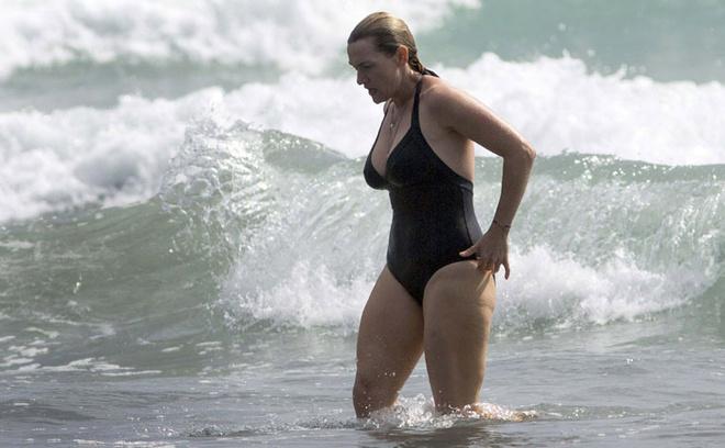 Кейт Уинслет в купальнике