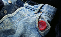 Защищенный секс: три факта о презервативах
