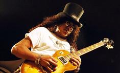 Гитарист Guns N' Roses распродает свои вещи