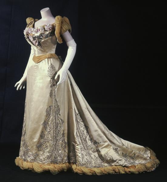 вечернее платье история фото