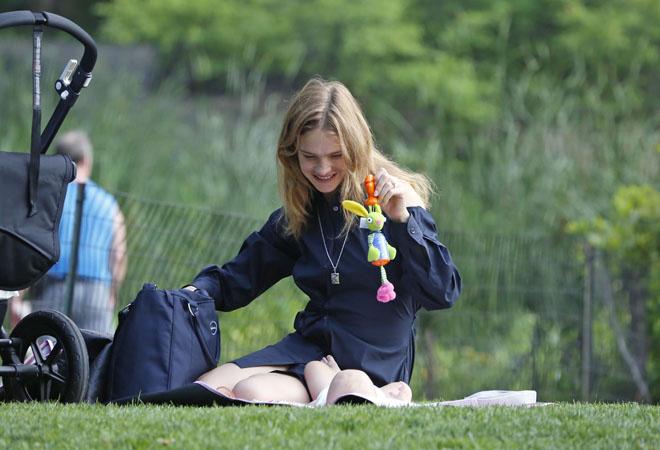 Наталья Водянова с ребенком, фото