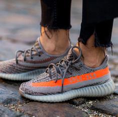 Главная покупка сезона: 16 самых крутых кроссовок
