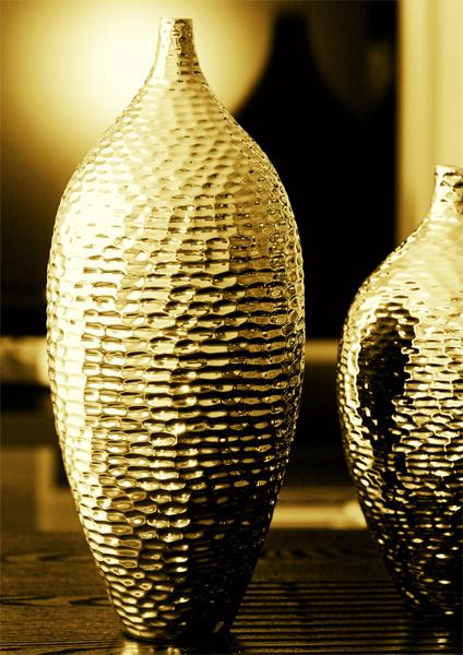Золотая ваза