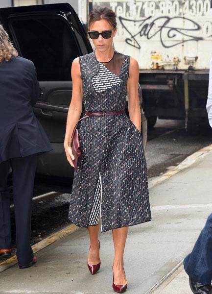 Виктория Бекхэм в платье собственного дизайна