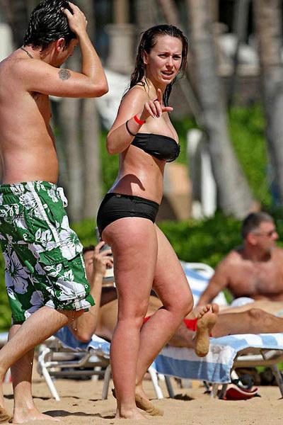 Фото Дженнифер с пляжа, из-за которой поднялся такой шум