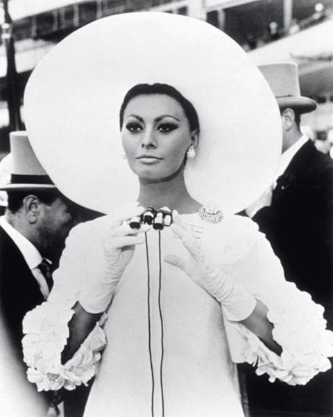 Софи Лорен в фильме «Арабеска», 1966.