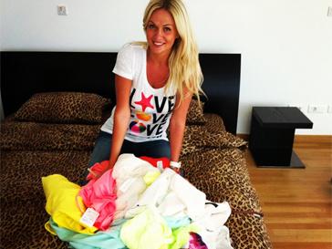 Виктория Лопырева лукаво уверяет, что ненавидит шопинг.