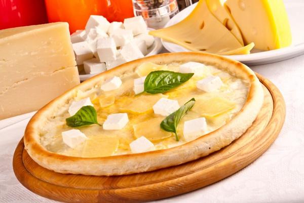 Рецепт пиццы с сырами