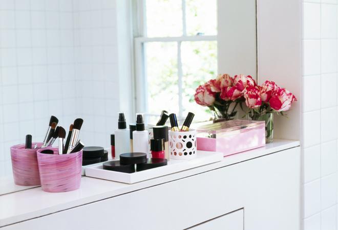 Голубая, розовая ванная комната