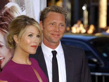 Кристина –Эпплгейт (Christina Applegate) и Мартин ЛеНобль (Martyn LeNoble) впервые стали родителями