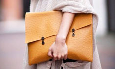 8 самых модных сумок осени до 2000 рублей