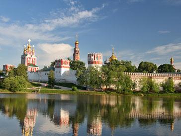 Многие россияне мечтают переехать в другую страну