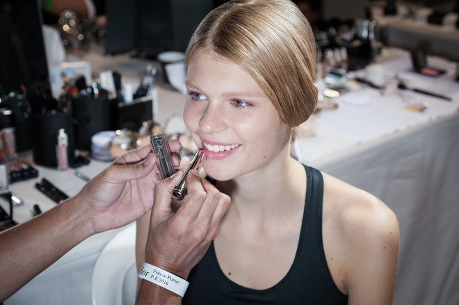 макияж с показа Dior весна-лето 2016