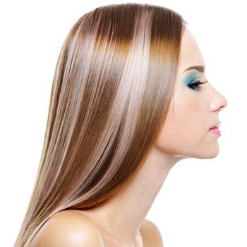 Блеск и силу волосам может подарить даже обычная вода, если она чистая. Например, родниковая, талая или кипяченая