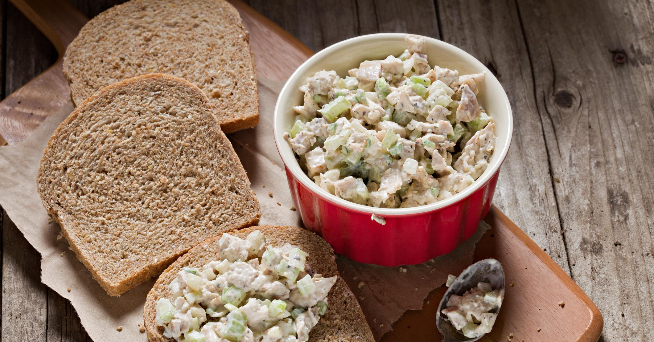 рецепт салата каприз с курицей и шампиньонами