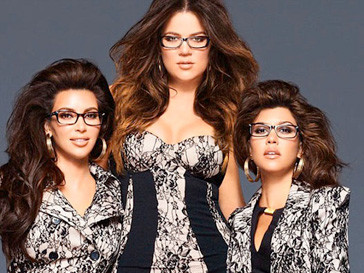 Сестры Кардашьян в рекламной кампании коллекции очков Nerdy Eyewear for Sears
