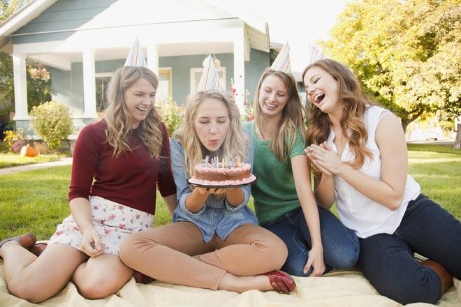Что надеть на день рождения подруги, собираясь на природу