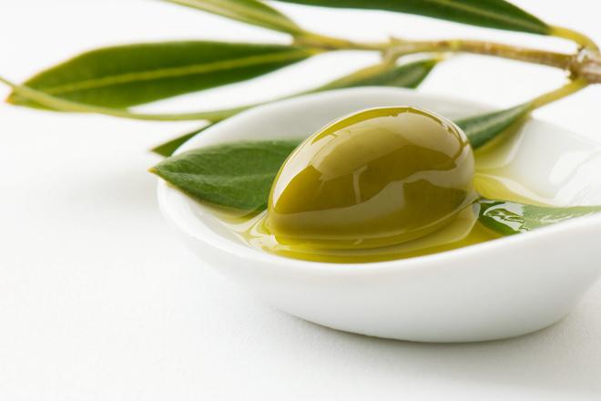 оливковое масло и мед для волос