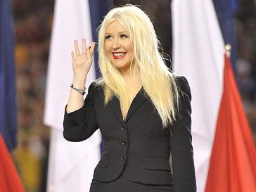 Кристина Агилера (Christina Aguilera) выучит гимн