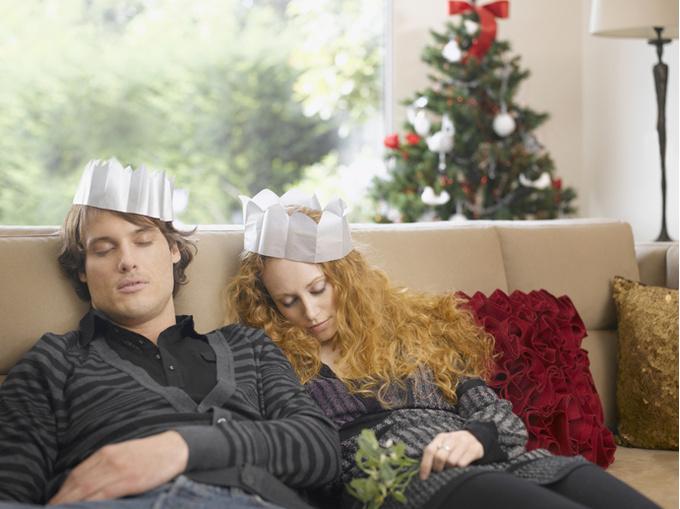 Праздники и личная жизнь: 6 непростых статусов