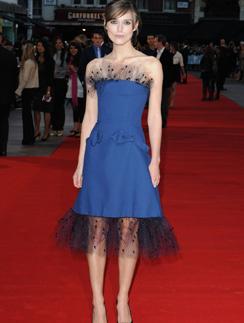 """Кира Найтли в Alexis Mabille на премьере фильма """"Герцогиня"""" в 2008 году"""