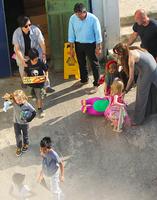 Анджелина Джоли (Angelina Jolie) с детьми