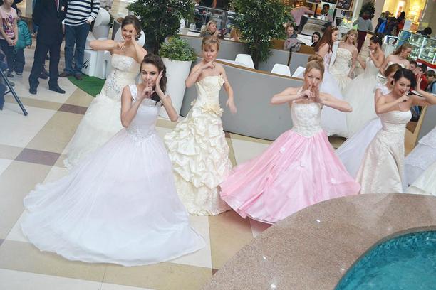Иркутск. Флешмоб невест