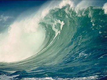 По прогнозам специалистов, цунами накроет страны Средиземноморья и северо-западное побережье США