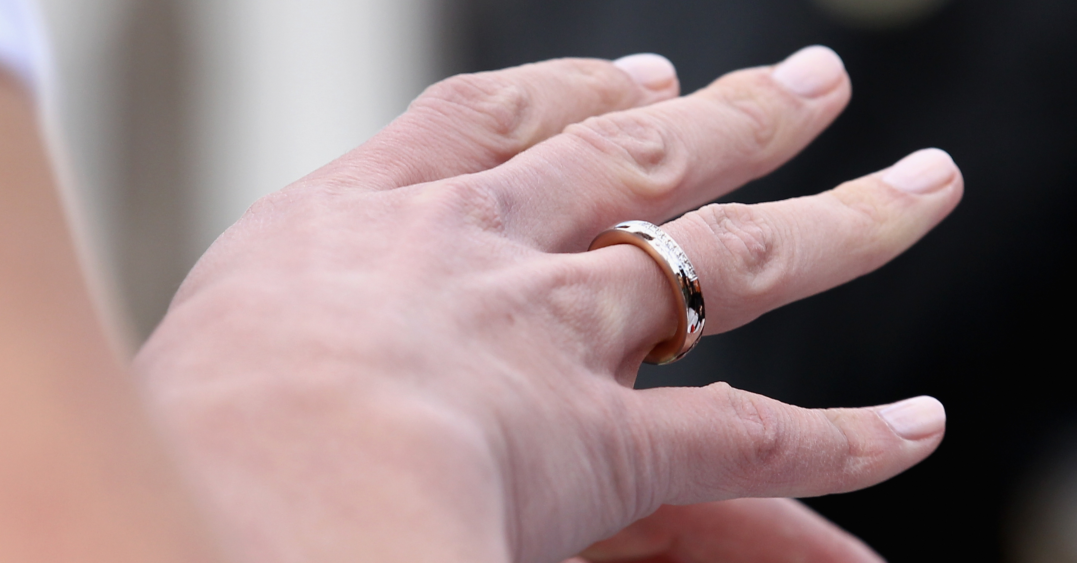 Как очистить обручальное кольцо в домашних условиях