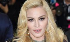 Мадонна нашла ракурс, который скрывает мешки под глазами