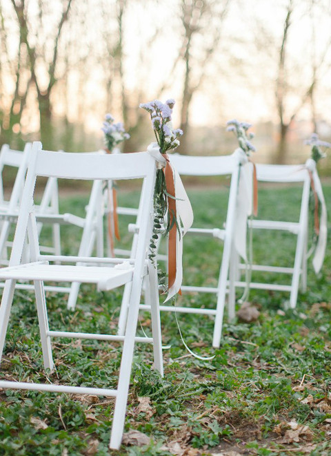 Белые стулья для свадьбы: аренда
