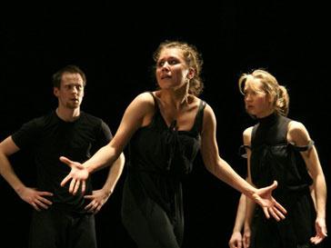 Театральный фестиваль имени Чехова продлится с 25 мая по 31 июля