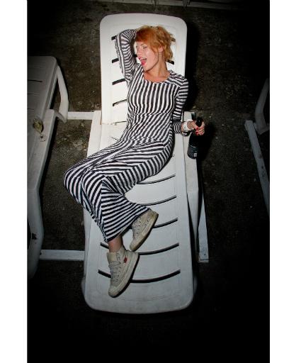 Александра Ребенок в платье из немецкого секонд-хэнда