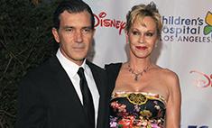 Бандерас и Гриффит разводятся после 18 лет брака