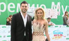 Алексей Чумаков прошел по ковровой дорожке Премии Муз-ТВ с расстегнутой ширинкой