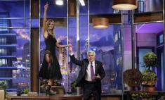 Без комплексов: Хайди Клум станцевала на столе под песню Рианны