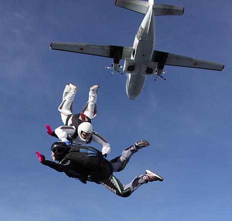 Ирина Кондратова, инструктор по прыжкам с парашютом, фото