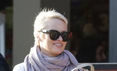 Памела Андерсон вновь стала блондинкой