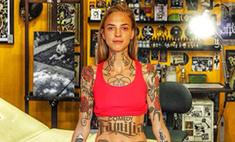 Надя из Comedy Woman забила все тело татуировками
