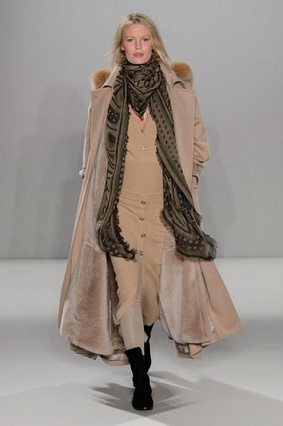 Неделя моды в Лондоне: 22 февраля   галерея [2] фото [18]
