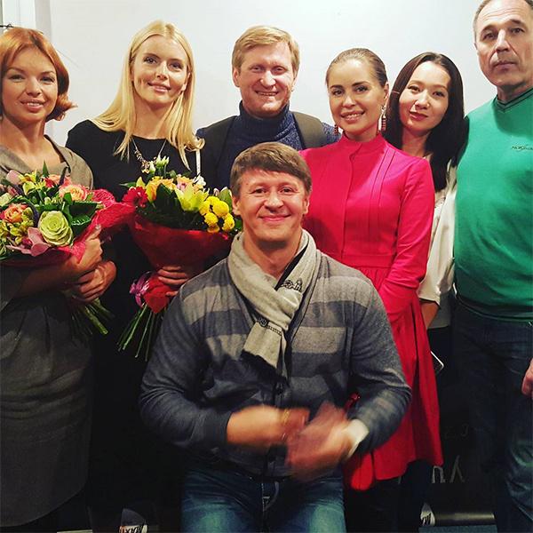 """Анна Чурина, Алиса Гребенщикова, """"Уральские пельмени"""""""