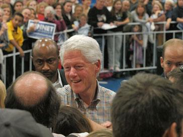Во время съемок к актеру Биллу Клинтону (Bill Clinton) было не протолкнуться