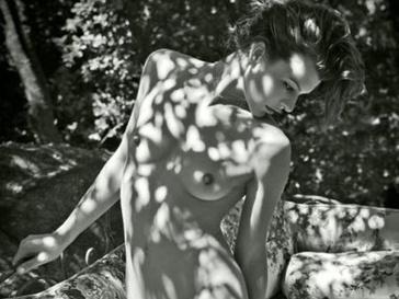 Мила Йовович (Milla Jovovich) 2012 Pirelli Calendar