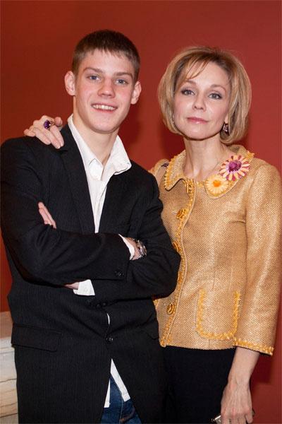 Павел Табаков с мамой Мариной Зудиной