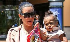 Беременная Ким Кардашьян носит шпильки
