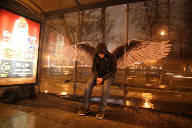 Инсталляция «Питер – город ангелов»