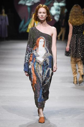 Самые красивые платья весны  лучшее с показа Alena Akhmadullina ... 0a5a62d0b4a