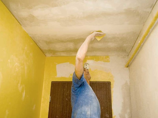 Как побелить мелом потолок своими руками не смывая побелку