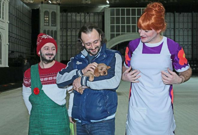 Михаил Галустян подарил Илье Авербуху собаку
