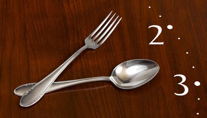 Во многих компаниях перерыв происходит с 12.00 до 15.00 – в течение этого времени сотрудник имеет право отлучиться на обед.